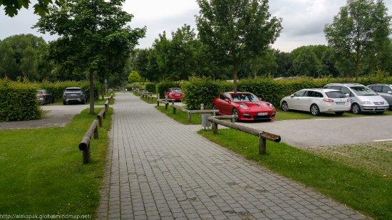 Furstenfeldbruck, Germany: Парковка