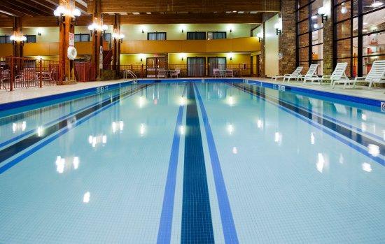 Saint Cloud, MN: Swimming Pool