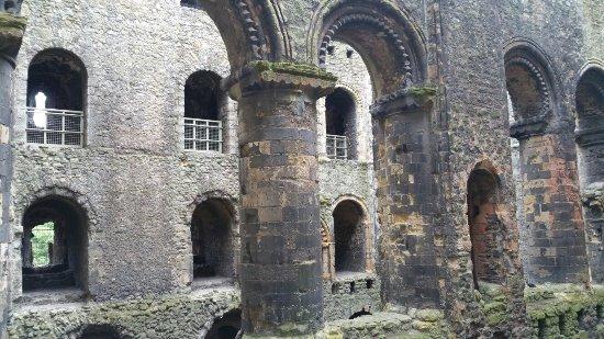 Rochester Castle: 20160630_145550_large.jpg