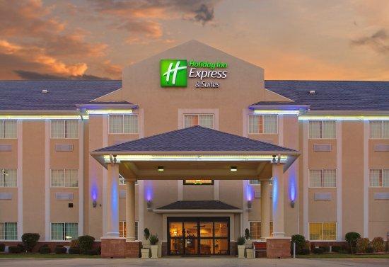 Magnolia, AR: Hotel Exterior