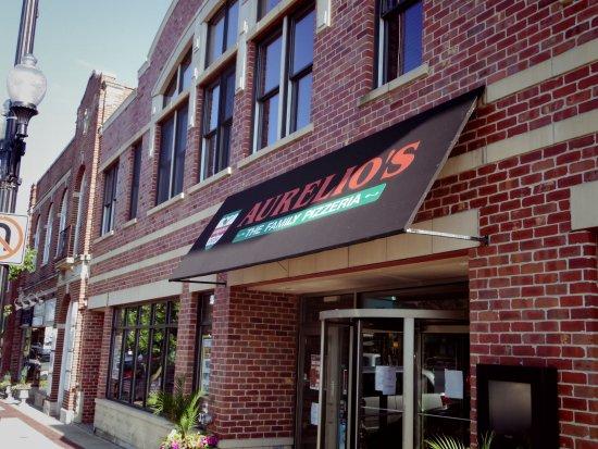 Aurelio's Pizza: Aurelio's of Geneva