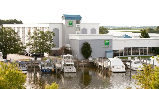 Holiday Inn Grand Haven - Spring Lake: Exterior Feature