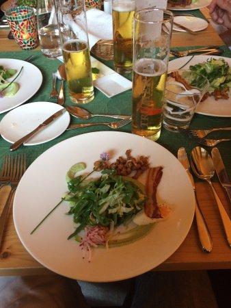 Der Waldhof: Salad at Dinner