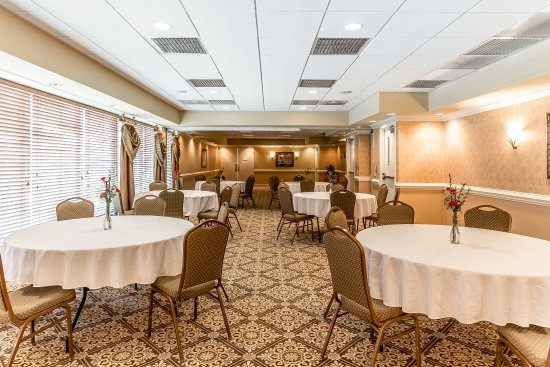 Quality Inn & Suites Georgetown: Conference room