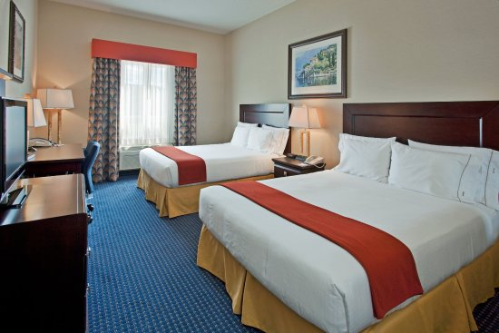 Holiday Inn Express Hotel & Suites Hinton: Modern 2 Bedded Guestroom