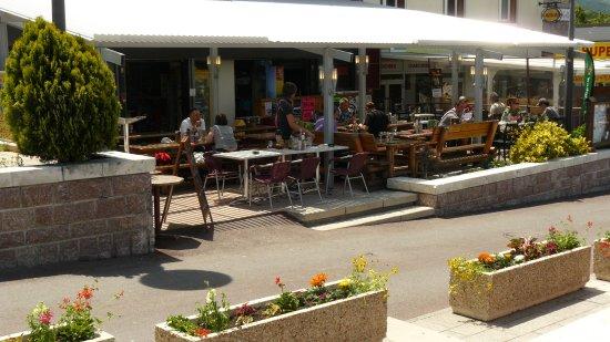 Chez Barulo : au centre du village