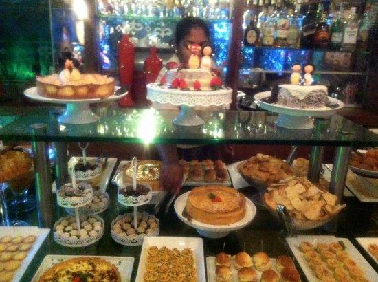 buffet de caf da tarde do nosso casamento foto de o p tio caf rh tripadvisor com br