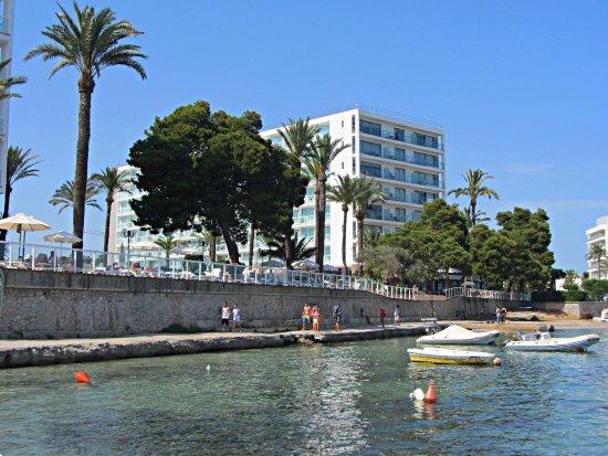 Sirenis Hotel Goleta & Spa: Vista desde del mar