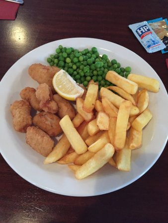Bosuns Diner: Fish n chips, scampi and chips