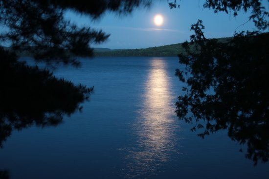 Full Moon over the lake - Picture of Killarney Lodge ...
