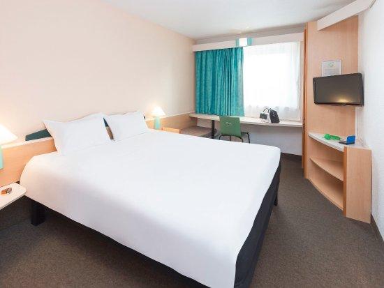 Livange, Luxembourg: Guest Room