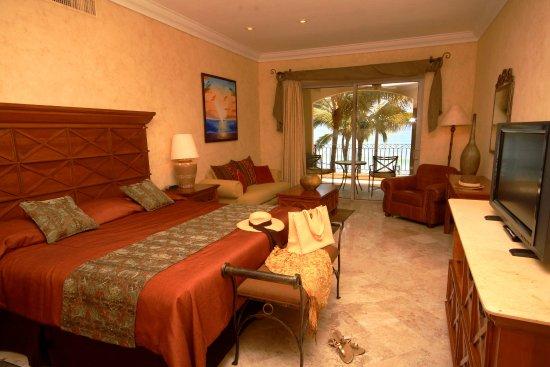 Villa La Estancia: Three Bedroom Villa Suite