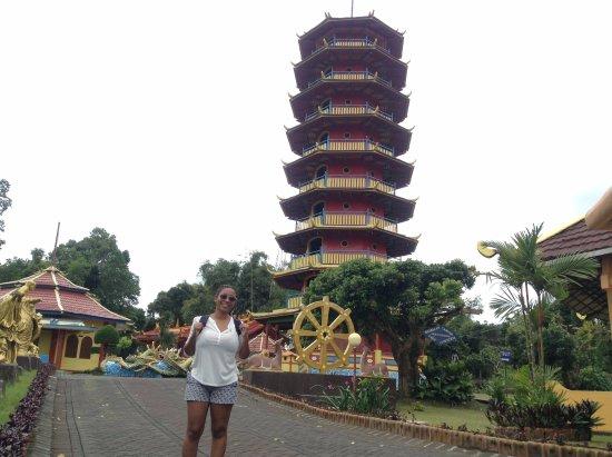 Manado Safari Tours - Private Day Tours: Buddhist Temple