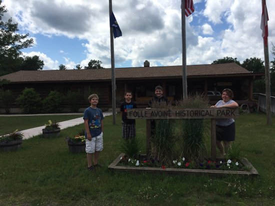 Danbury, WI: Forts Folle Avoine Historical Park