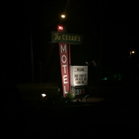 The Cedars Motel: The sign outside