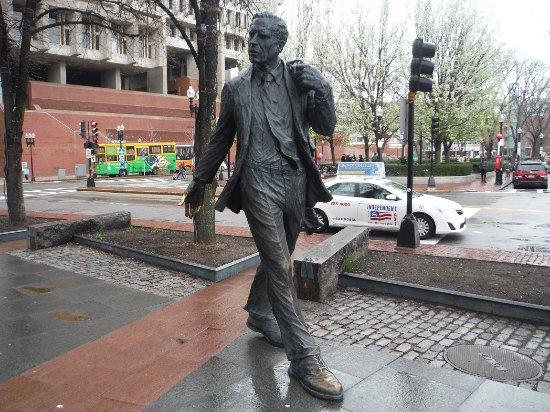 Kevin Hagen White Statue