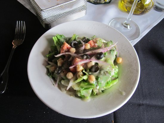 Tubac, AZ: A Nice Salad was included with the Entree