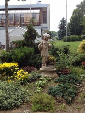 Prawdzic Resort & Conference: From the garden