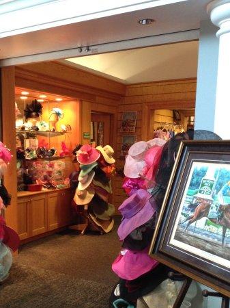 Kentucky Derby Museum: Gift shop