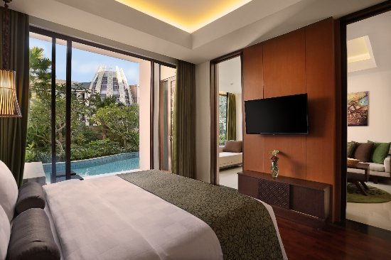 Pool Access Suite Picture Of Golden Tulip Jineng Resort Kuta