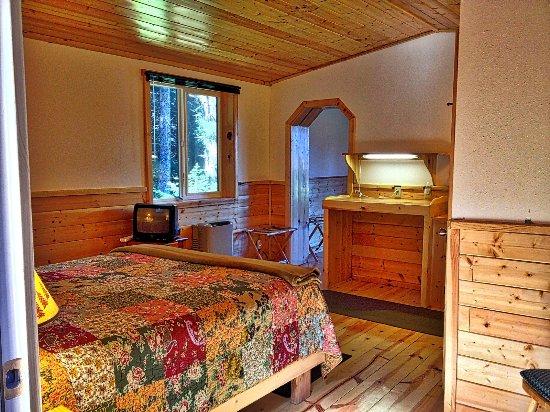 Angels Rest on Resurrection Bay, LLC: Wood Nest Mini-Suite in Heron Roost main bedroom area