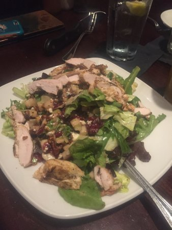Eatontown, NJ: salad