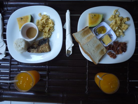 Club Ten Beach Resort: breakfast (pre-ordered a night before)
