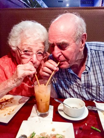Zen Bistro: Jerry and Esther sipping Thai Tea ala lovebirds