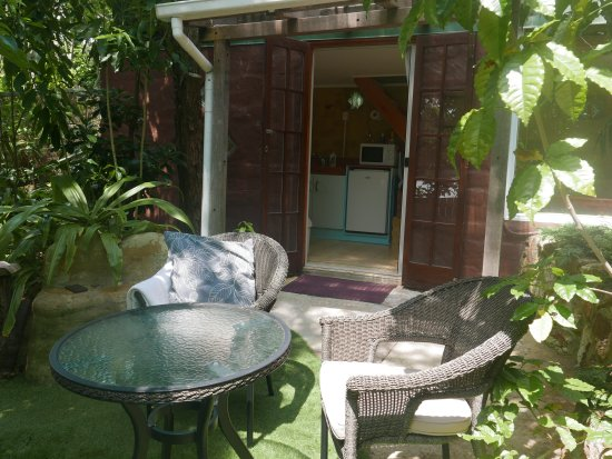 Palm Beach Bungalows: Mudbrick patio - north facing, private, relaxing