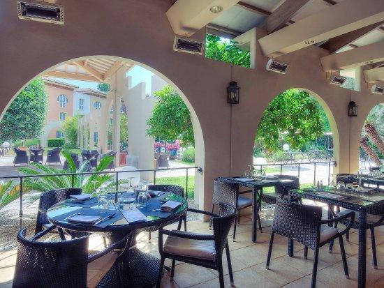 Hôtel Mercure Antibes Sophia Antipolis : Exterior