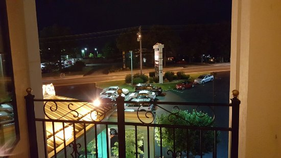 The Branson Clarion Hotel & Conference Center: 20160620_215509_large.jpg