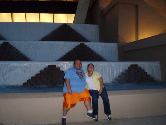 Inn of the Mountain Gods Resort & Casino: Wife and me