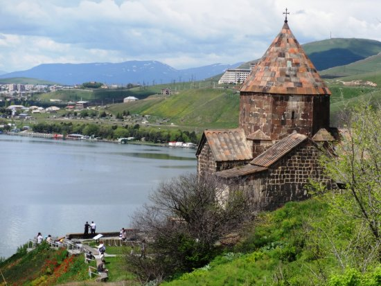 Kakavaberd Fortress