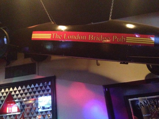 ‪The London Bridge Pub‬