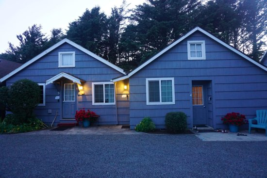 Rock Park Cottages: Cottage 3A, outside