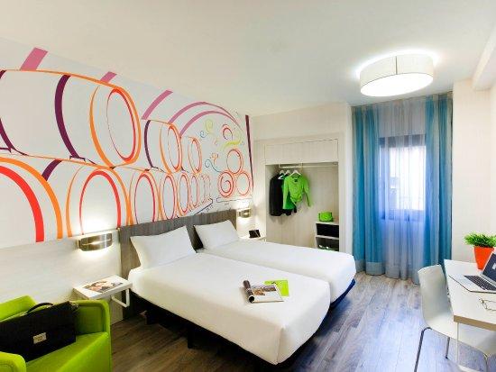 Ibis styles madrid prado hotel spagna prezzi 2018 e for B b soggiorno madrid