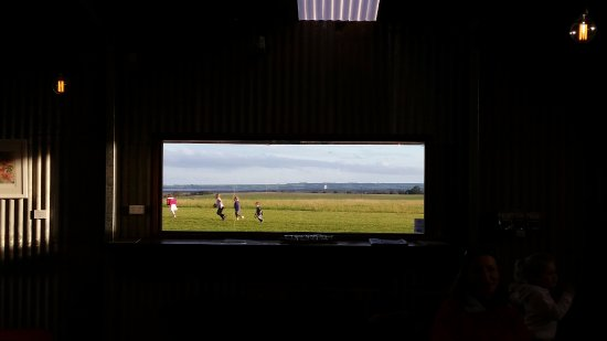 Kingscote, Αυστραλία: What a view - even if its cold and wet sitting inside you still can see the wonders of Kangaroo