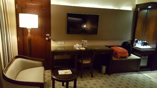 Kartika Chandra Hotel: 20160630_222512_large.jpg
