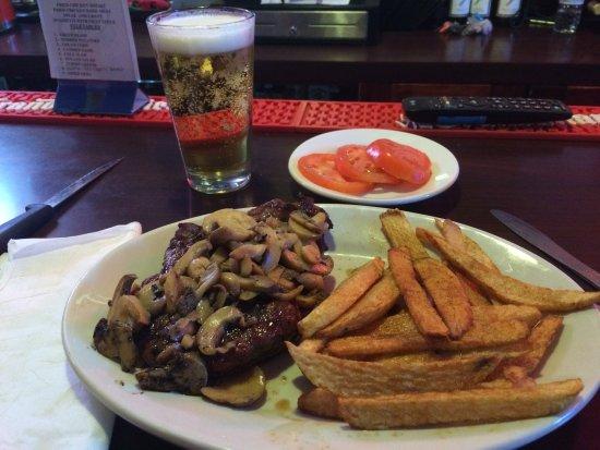 White, GA: Awsome steaks