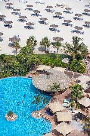 Jumeirah Beach Hotel: Main Swimming Pool