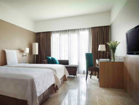 Hotel Smoking Room Surabaya