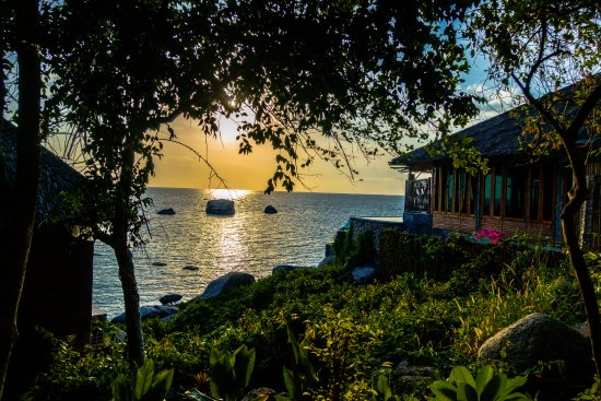 Captain Nemo Guesthouse: Jansom Bay - a short walk from Mae Haad