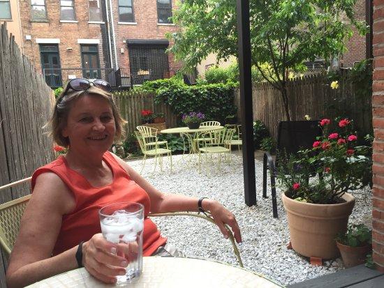 Easyliving-harlem: Hinterhof ,Garten