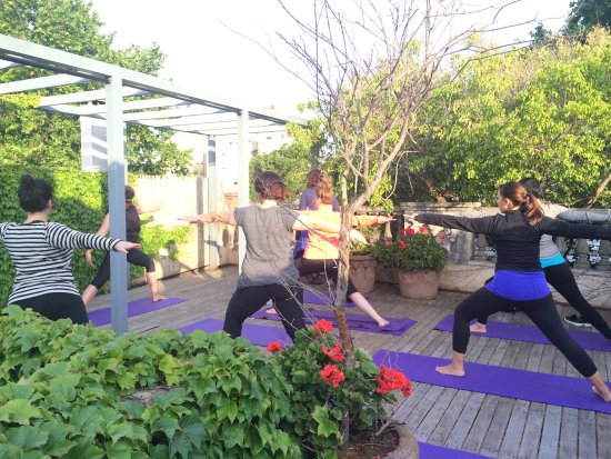 Fit & Fly Girl Buenos Aires yoga class on L'Hotel Palermo's rooftop