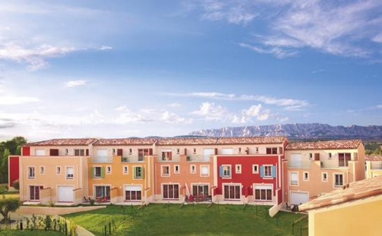 Garden & City Aix En Provence - Rousset: Exterior