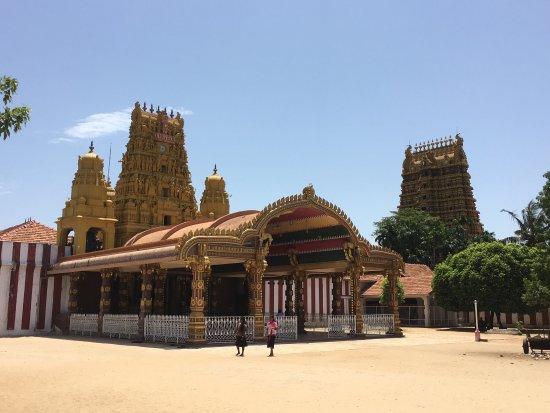 Jaffna, Sri Lanka: Nallur Kandaswamy Kovil Festival