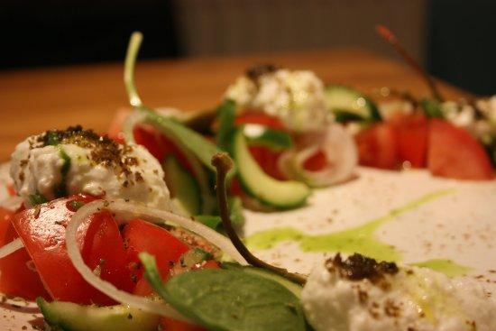 No6 Restaurant : Greek salad