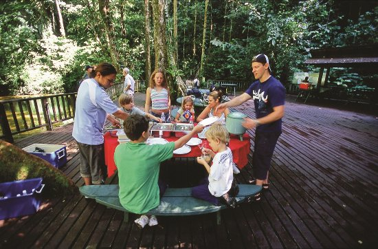Sarawak, Malaysia: Family having lunch at Clearwater MULU National Park