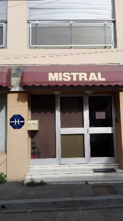 Mistral Photo