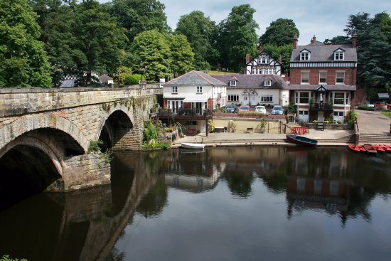Mother Shipton's Cave and The Petrifying Well: knaresborough river bank